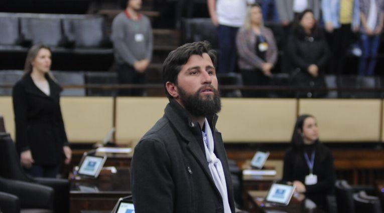Gaúcho da Geral aprova R$ 1 milhão em emendas para Casas de Abrigo, Hospital e Escolas